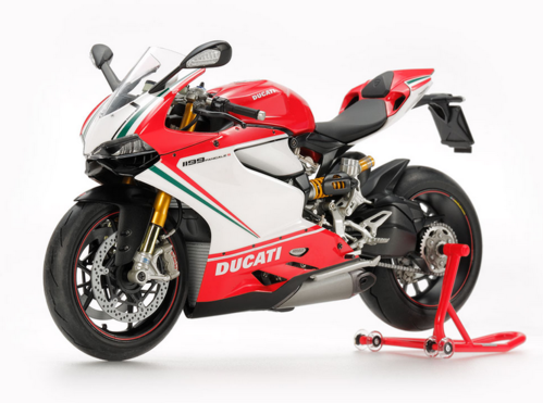 Ducati 1199 Panigale S Tricolore 1/12 Finish Model Tamiya